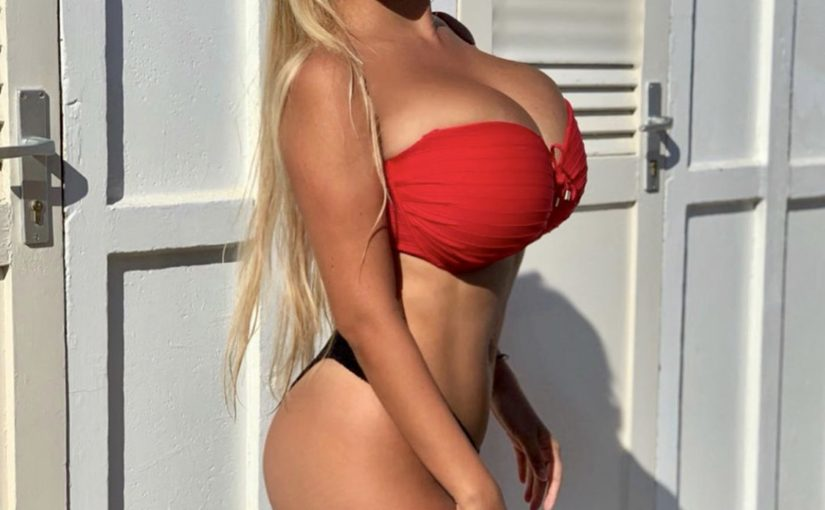 Amazing Valentina and her huge Breasts